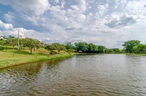 Lago Condomínio Fechado Royal Forest Res & Resort Londrina