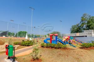 Playground condomínio fechado Alphaville 2 Londrina